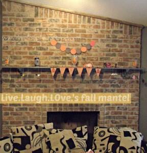 Live.Laugh.L0ve. // DIY Fall and Halloween Mantel via @clivelaughl0ve